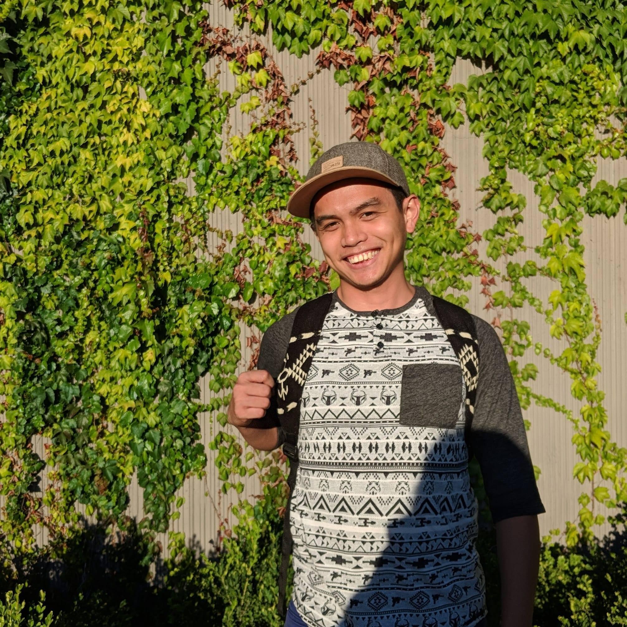 SNS Graduate Student Alex Quijano