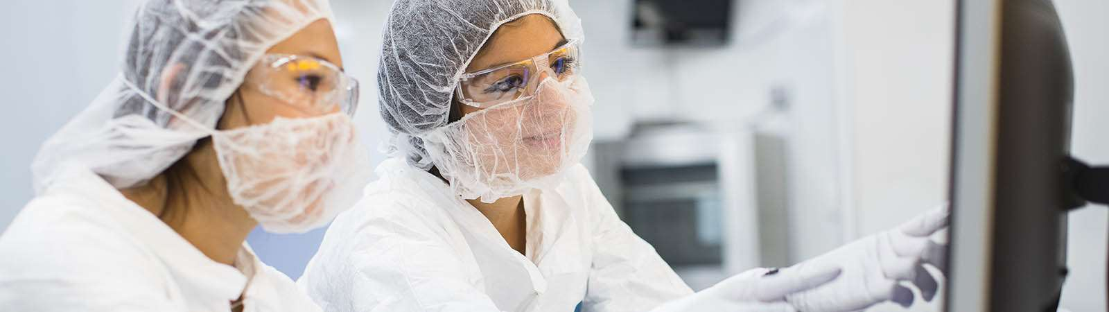Two female scientists working in the laboratory