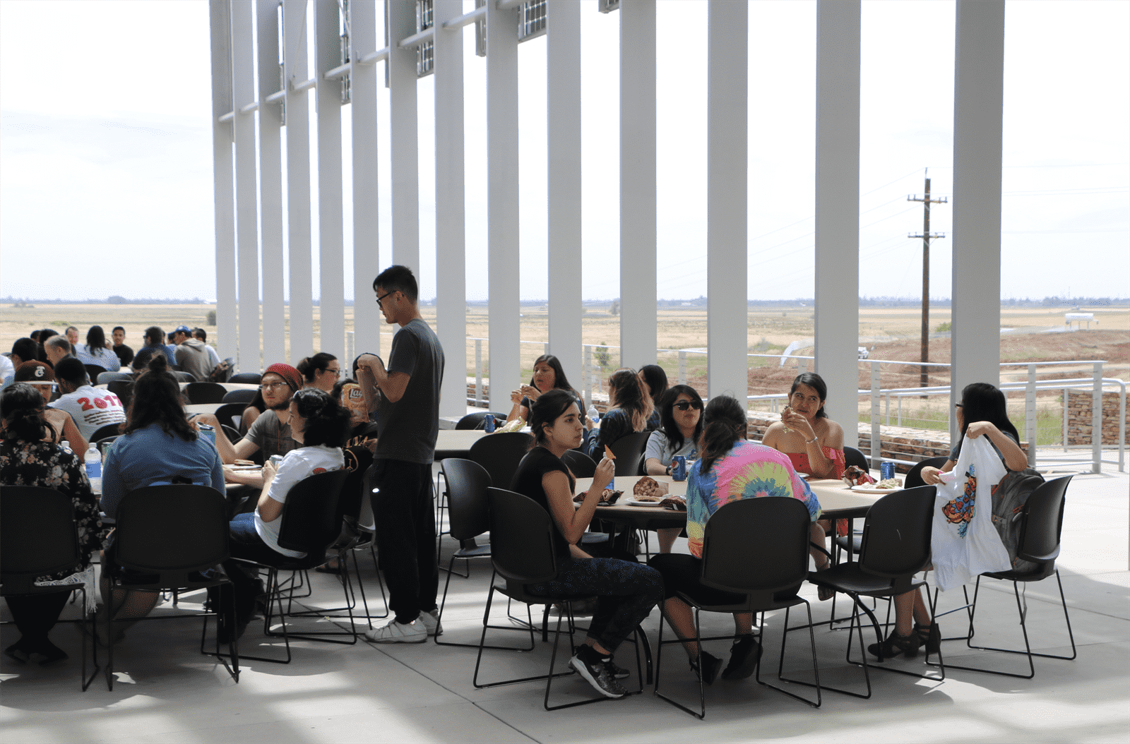 Students eating at the 2017 BBQ